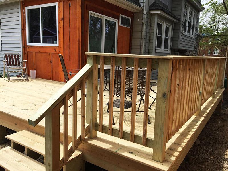New back deck built by carpenter in Volker Neighborhood - Kansas City, Missouri carpenter